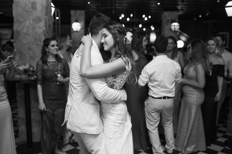 Casamento em Paraty de Aline e Felipe - Vestido Zephora Linha Premium - Foto Studio Sara Soares