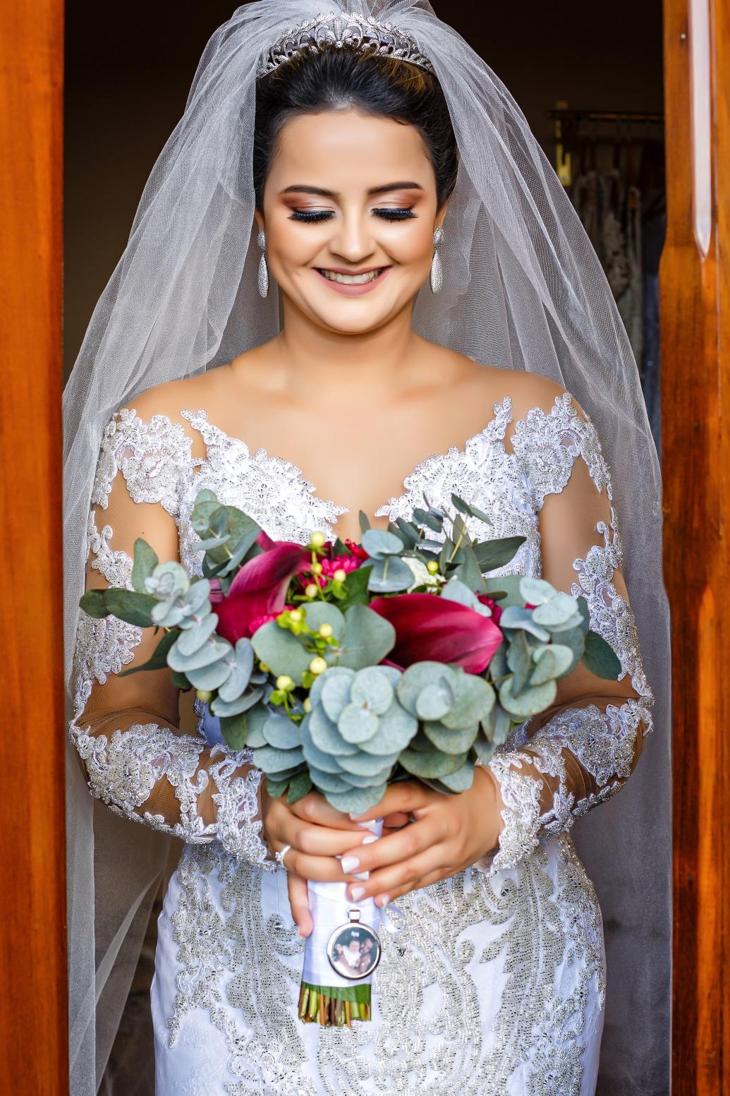 casamento no Espaço Joseville em Pará de Minas de Marina e Felipe Foto Demetrio Laurentys Vestido Zephora Linha Premium