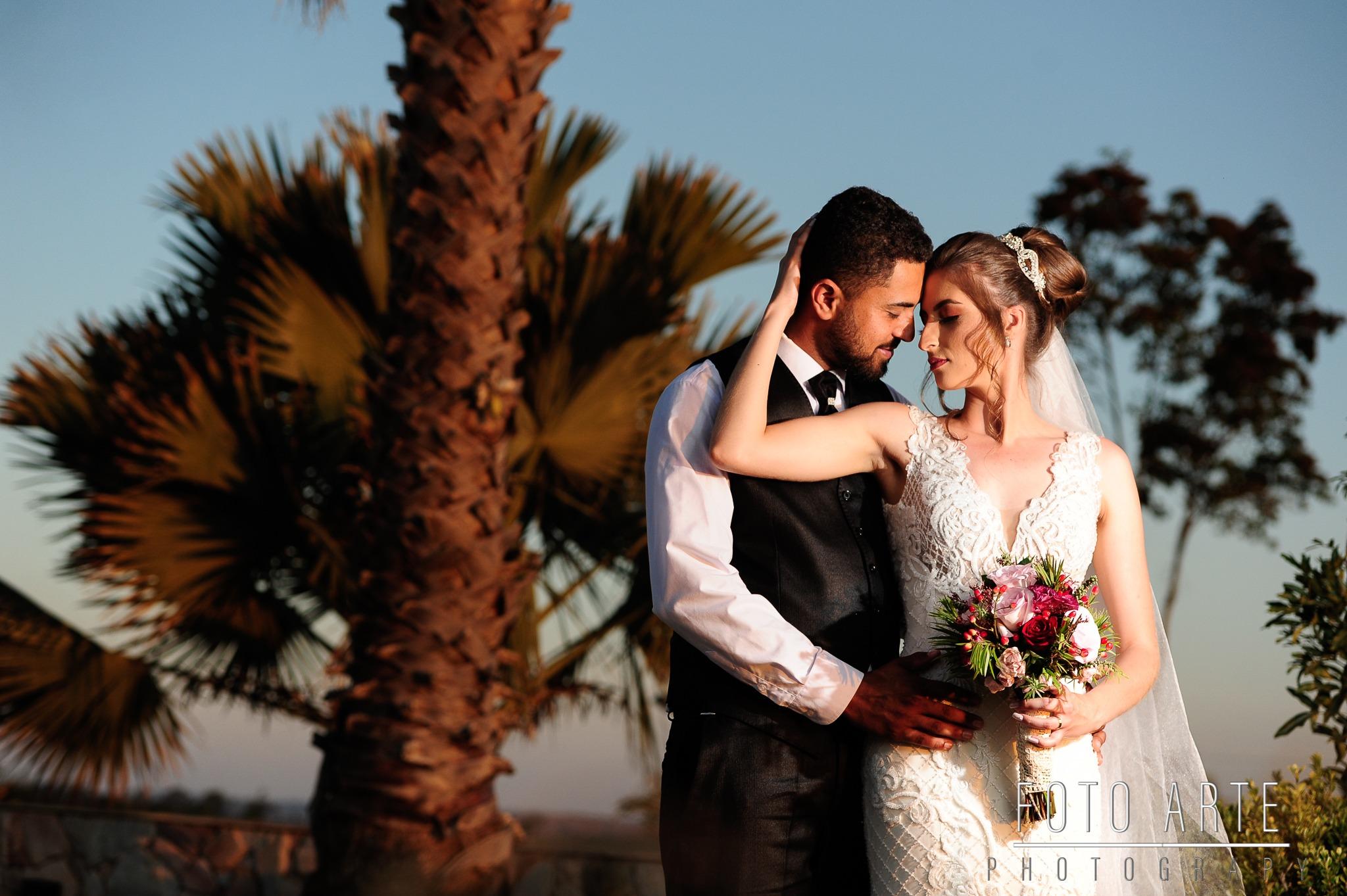 Casamento em Carmópolis de Júlia e Wesley - Vestido Zephora Linha Premium - Foto Arte