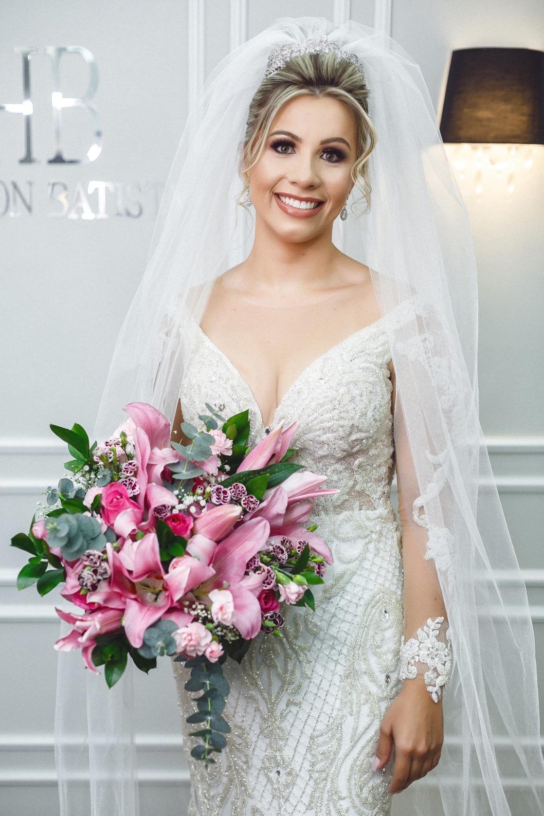 Casamento em Itaúna de Sabrina e Marcelo - Vestido Zephora Linha Premium - Foto Demetrio Laurentys
