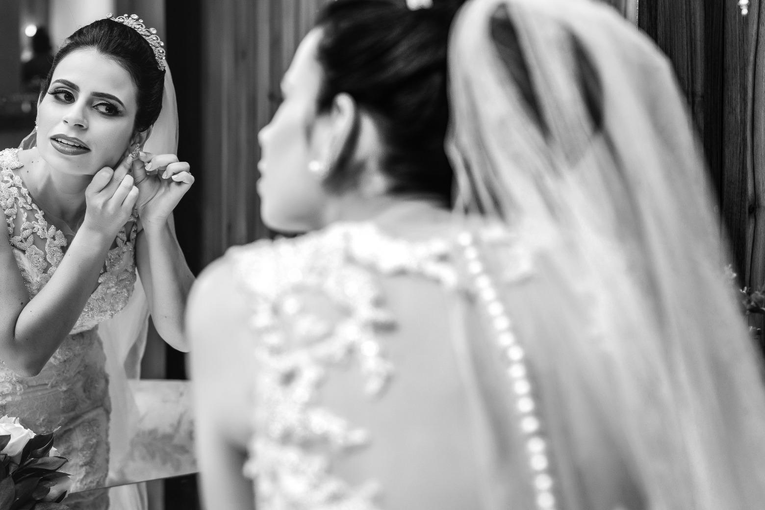 Casamento em Pará de Minas de Naiara e Henrique - Vestido Zephora Alta Costura - Foto Demetrio Laurentys