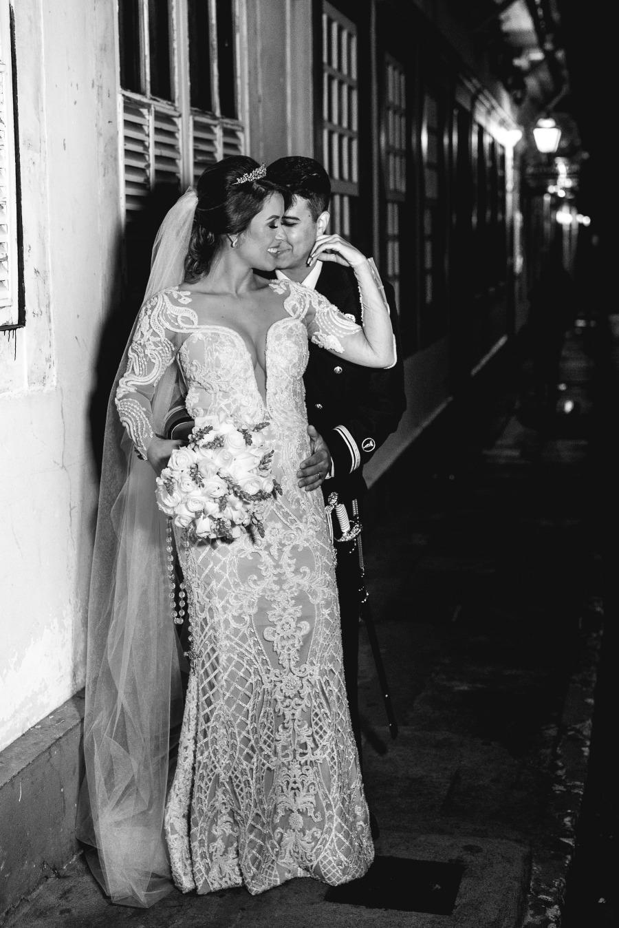 Casamento em São João del Rei de Aline e Orlando - Vestido Zephora Alta Costura - Foto Estudio Marie
