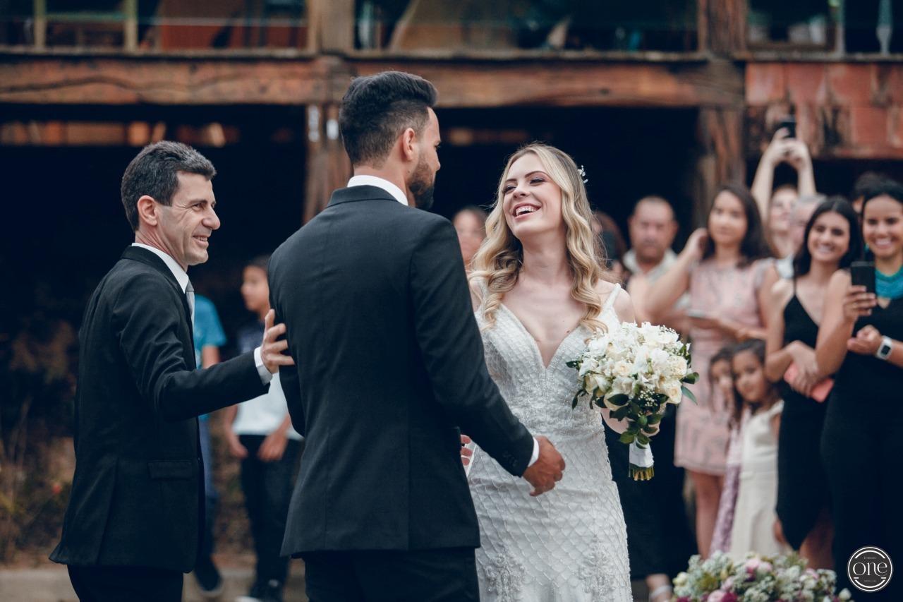 Casamento duplo das irmãs Damaris e Jéssica - Vestidos Zephora Alta Costura - Fotos One to One Fotografia
