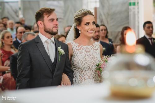 casamento em Lagoa da Prata de Nathalia e Felipe - Foto Henrique Lacerda - Vestido Zephora Linha Premium