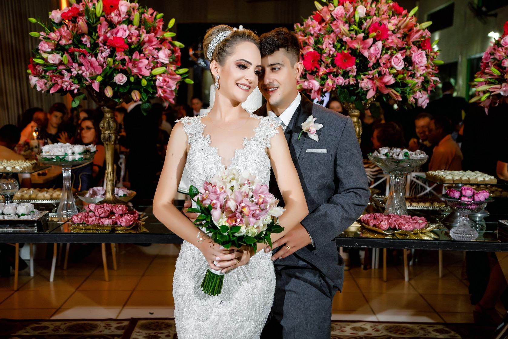 casamento em Pará de Minas de Ana Clara e Elias - foto Demetrio Laurentys - Vestido Zephora