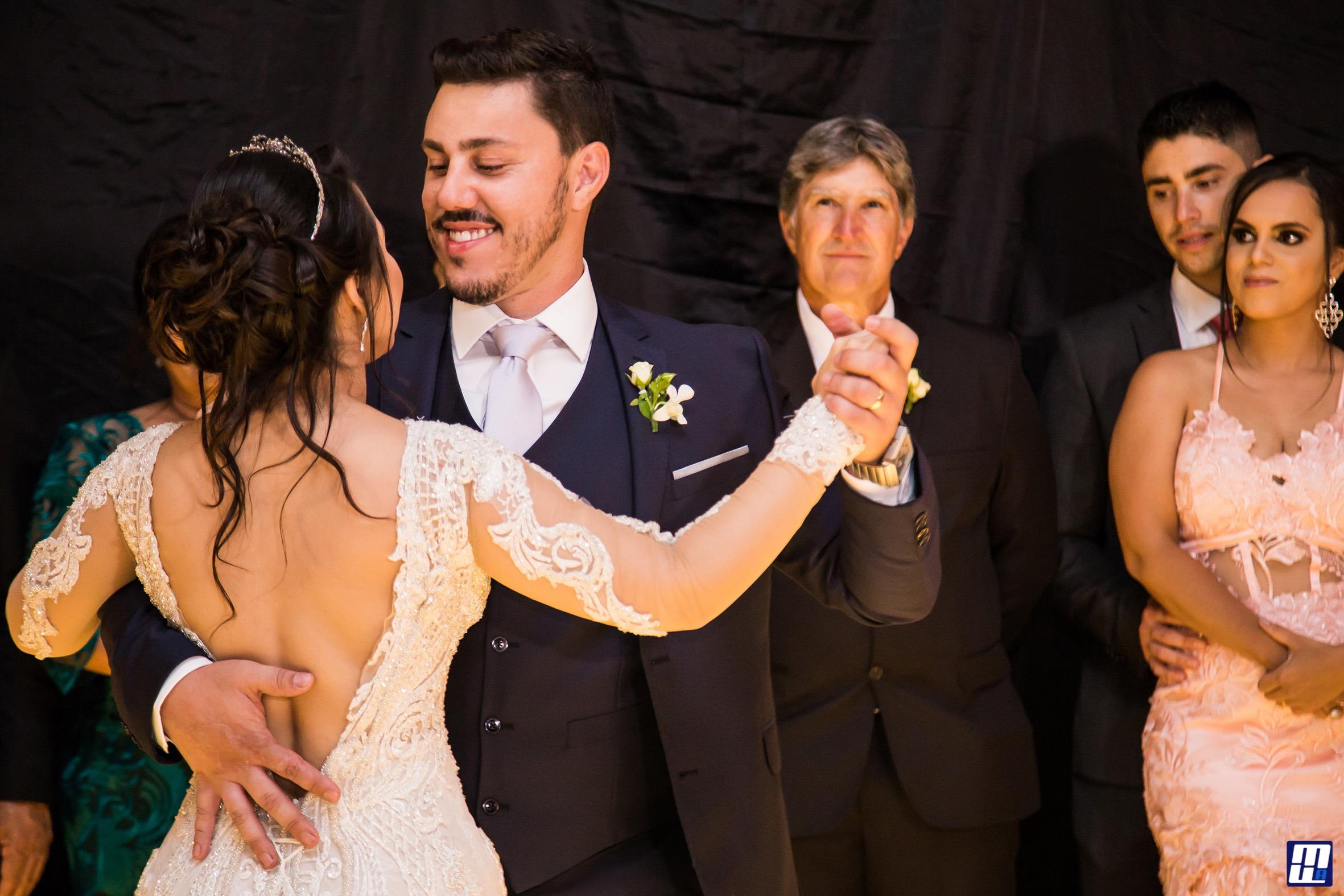 Casamento em Formiga - Riquelme e Felipe - Zephora Alta Costura - Foto Marcelo Faria