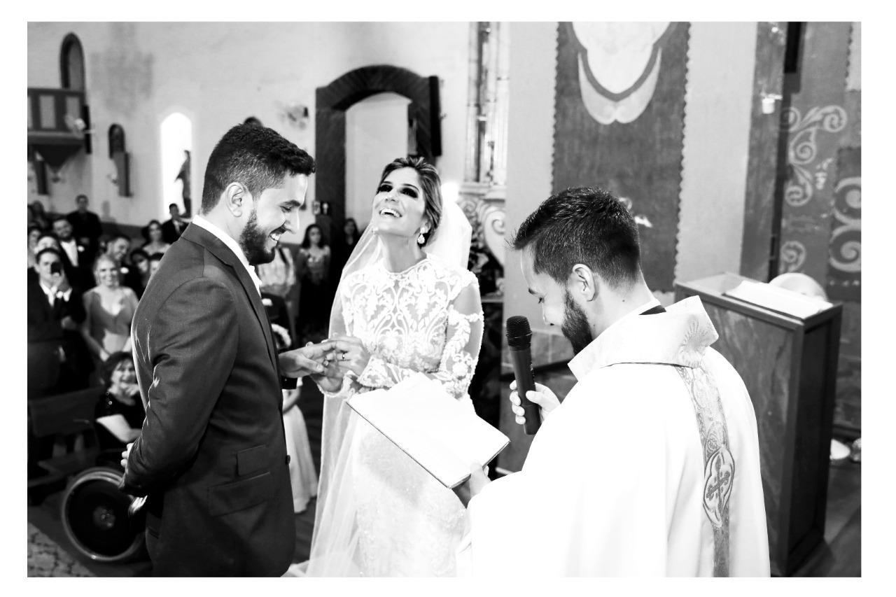 casamento em Itapecerica de Vanessa e Vitor - fotos Marden Mendonça - Vestido noiva Zephora Linha Premium