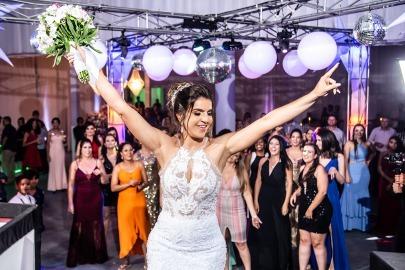 Casamento em Formiga Simone e Rodrigo - vestido Zephora Linha Premium - Foto Studio Marcelo Faria